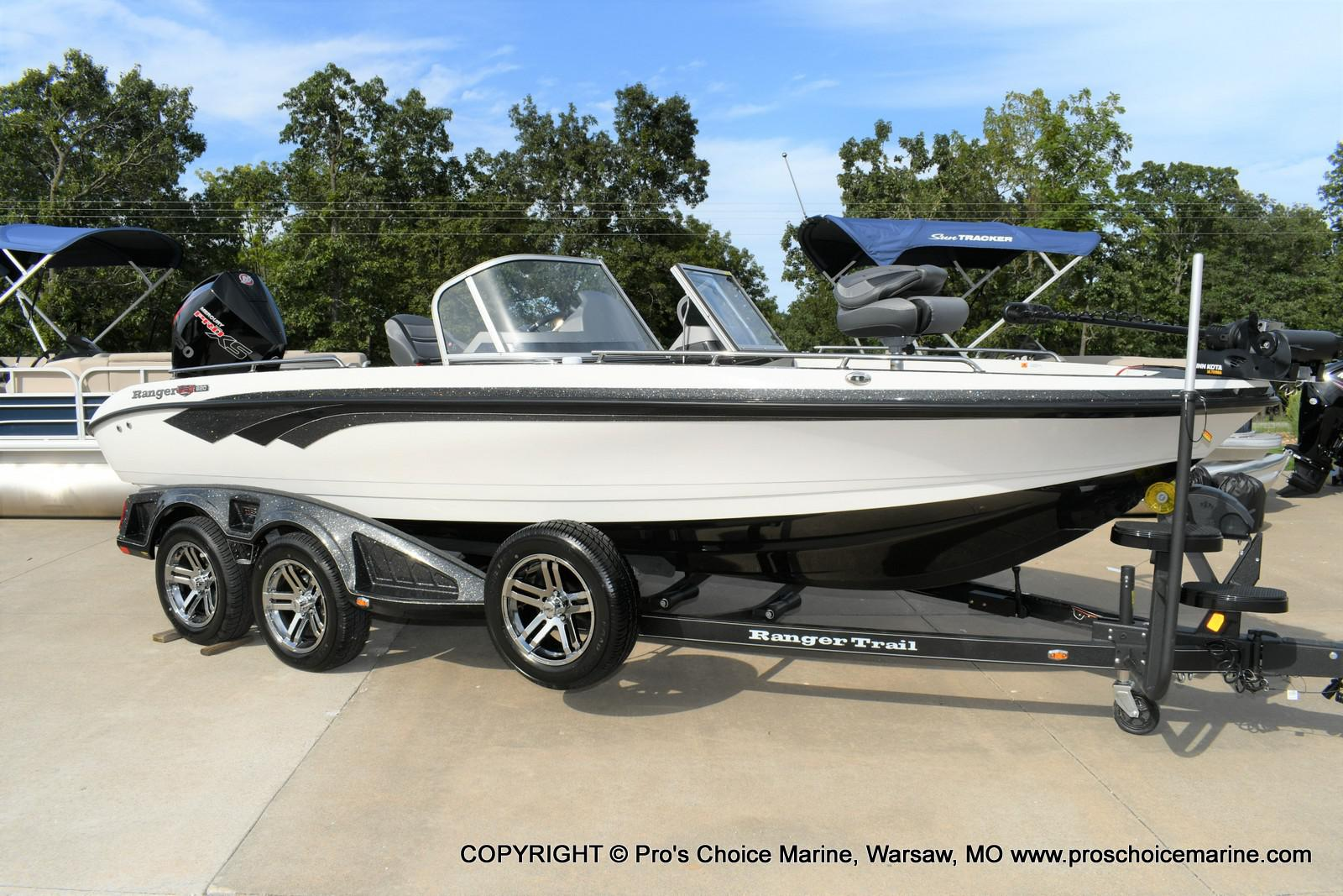 2020 Ranger Boats boat for sale, model of the boat is 620FS Ranger Cup Equipped & Image # 12 of 50