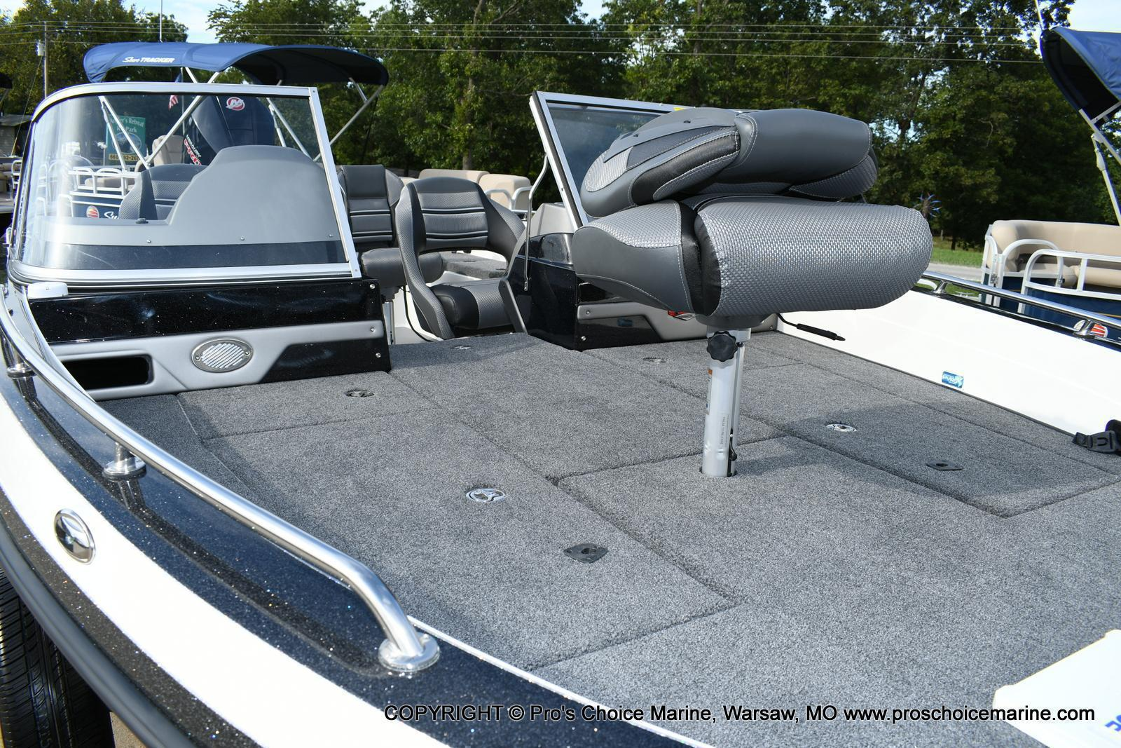 2020 Ranger Boats boat for sale, model of the boat is 620FS Ranger Cup Equipped & Image # 16 of 50