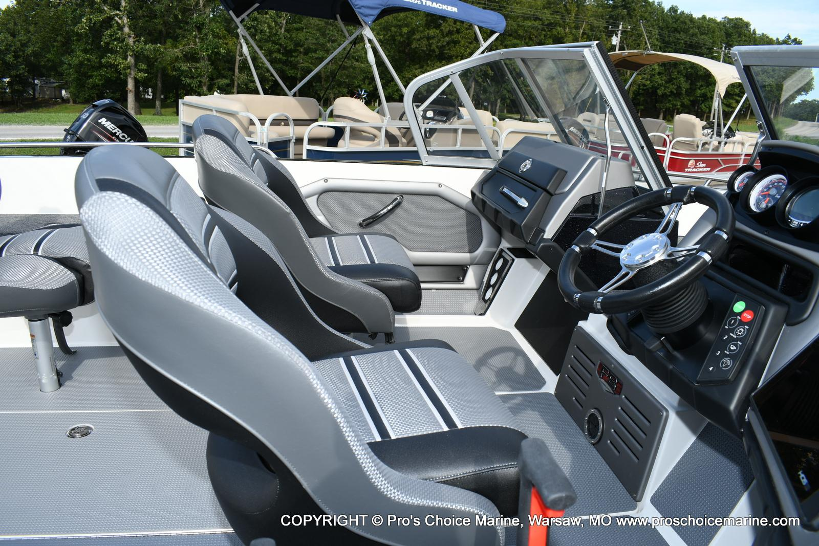 2020 Ranger Boats boat for sale, model of the boat is 620FS Ranger Cup Equipped & Image # 4 of 50