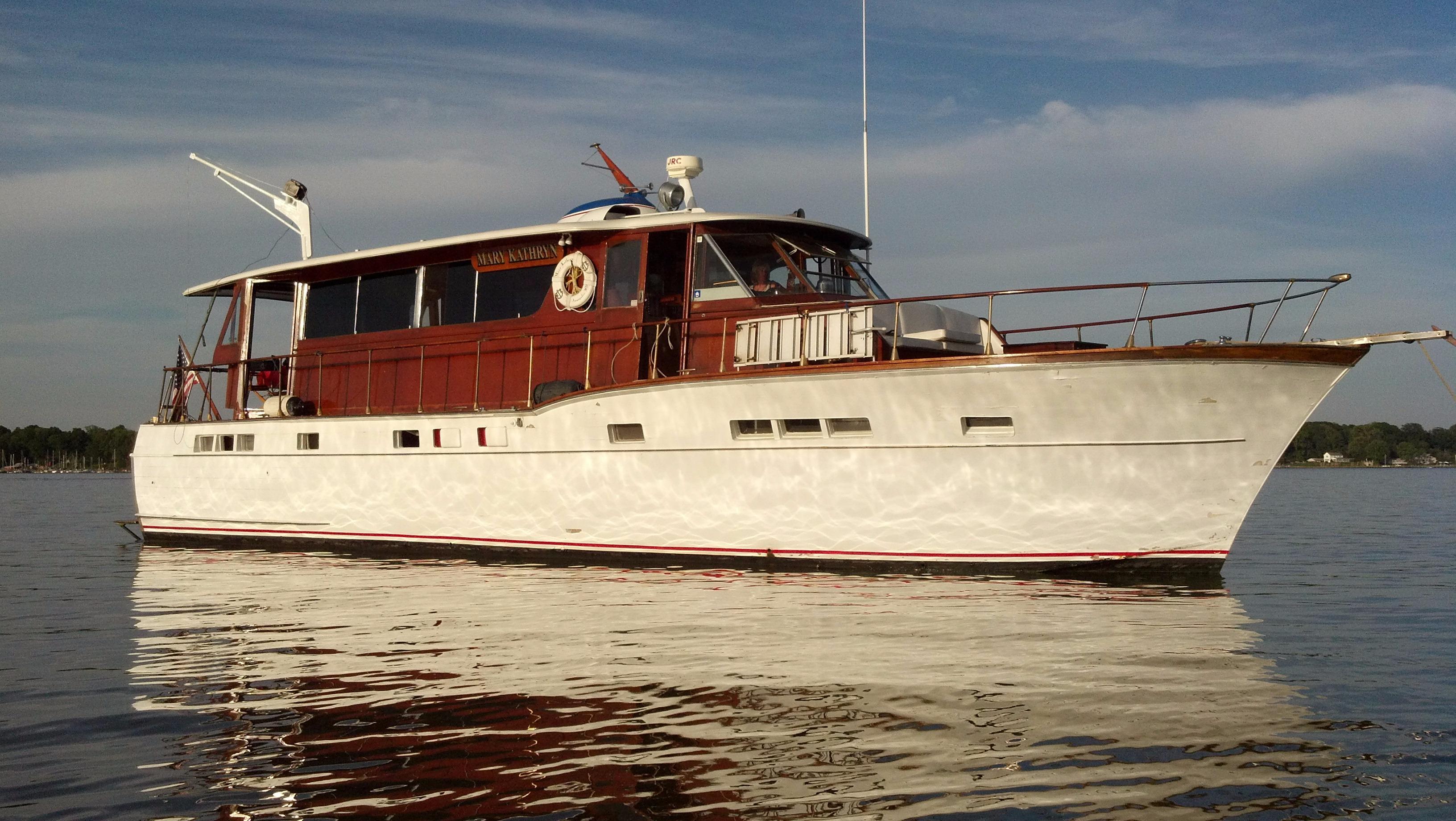 1957 Chris Craft 56 Salon Motor Yacht Boat For Sale
