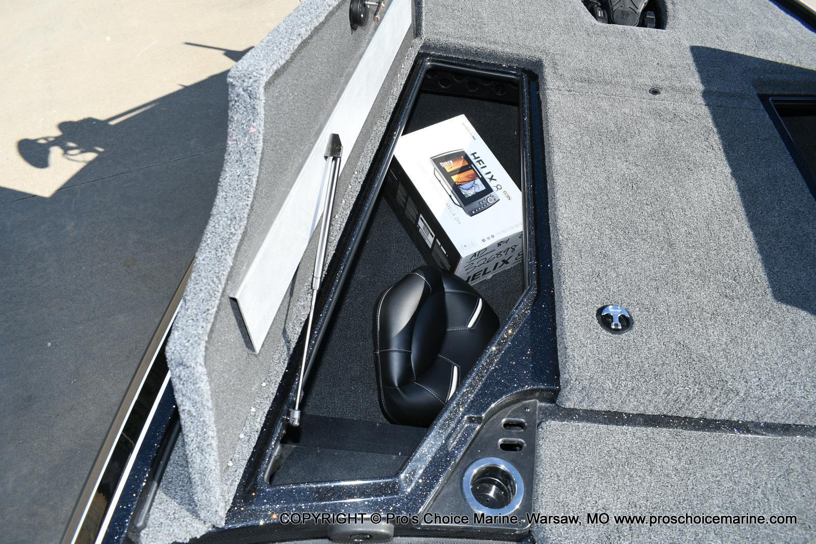 2020 Nitro boat for sale, model of the boat is Z19 pro package & Image # 22 of 50