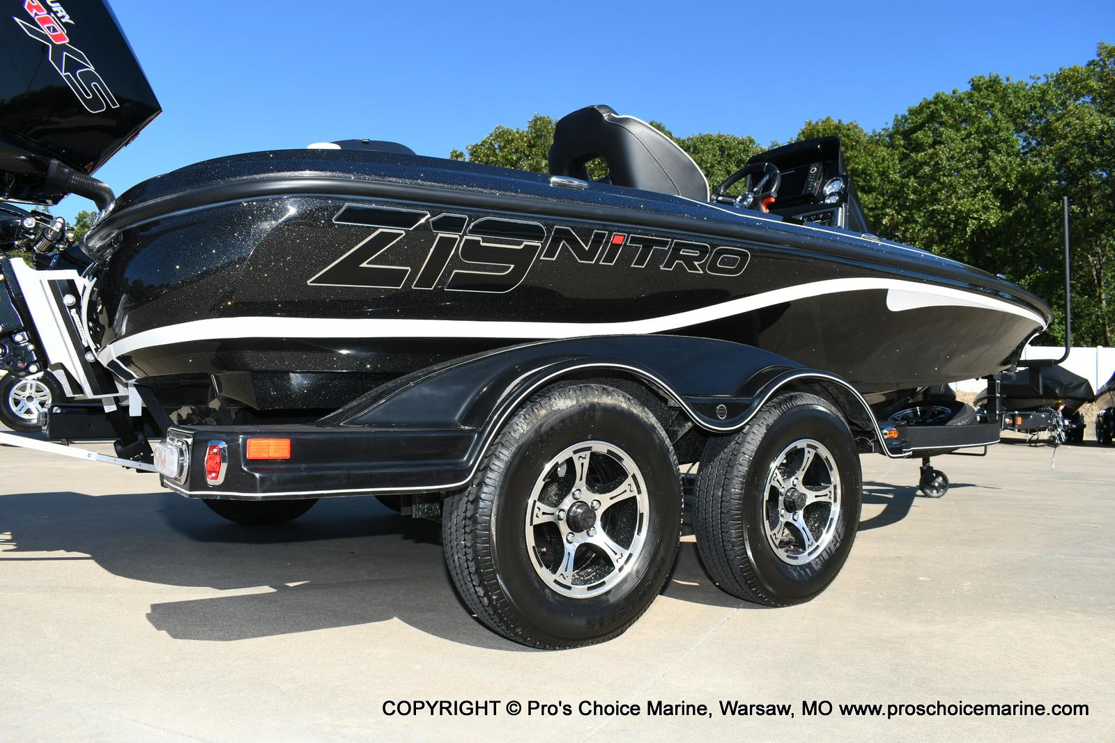2020 Nitro boat for sale, model of the boat is Z19 pro package & Image # 3 of 50