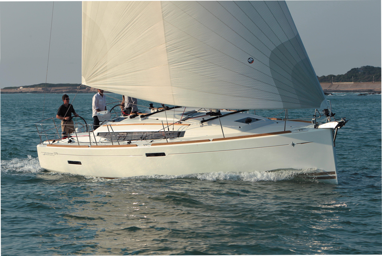 Jeanneau Sun Odyssey 379 Stock Boat Jeanneau Sun Odyssey 379