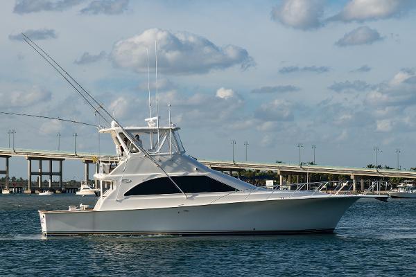 1998 48' Ocean Yachts Convertible