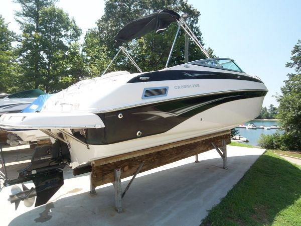 2005 Crownline 270 BR For Sale