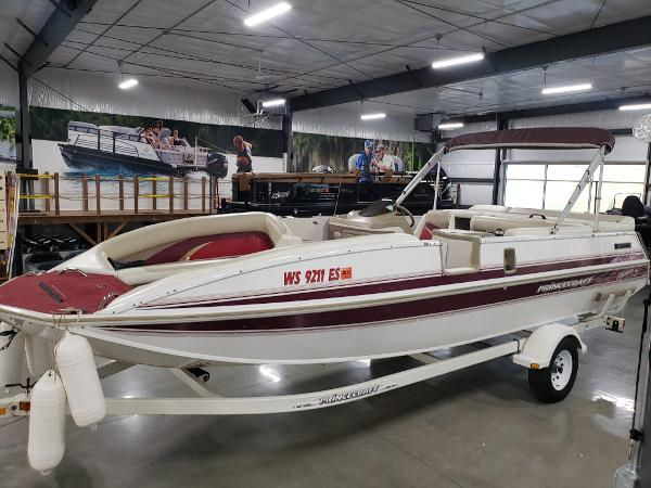 1999 Princecraft boat for sale, model of the boat is Vacanza 240 io & Image # 2 of 34