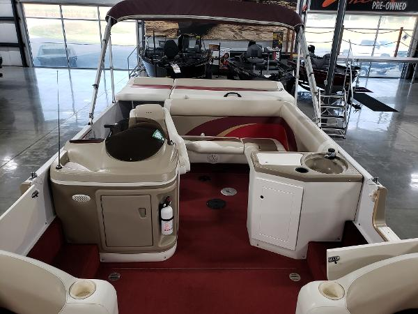 1999 Princecraft boat for sale, model of the boat is Vacanza 240 io & Image # 13 of 34
