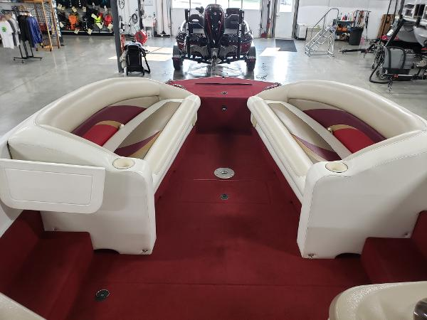 1999 Princecraft boat for sale, model of the boat is Vacanza 240 io & Image # 23 of 34