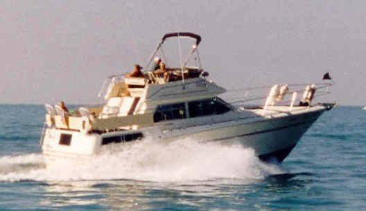 Sea Ray 360 Aft Cabin Motor Yachts. Listing Number: M-3159985