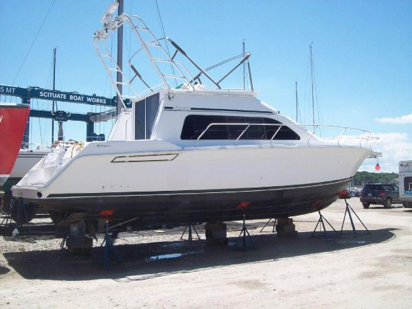 Mainship 40 Sedan Bridge Motor Yachts. Listing Number: M-3669991