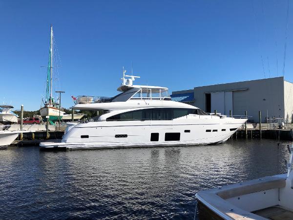 2018 88' Princess Motor Yacht