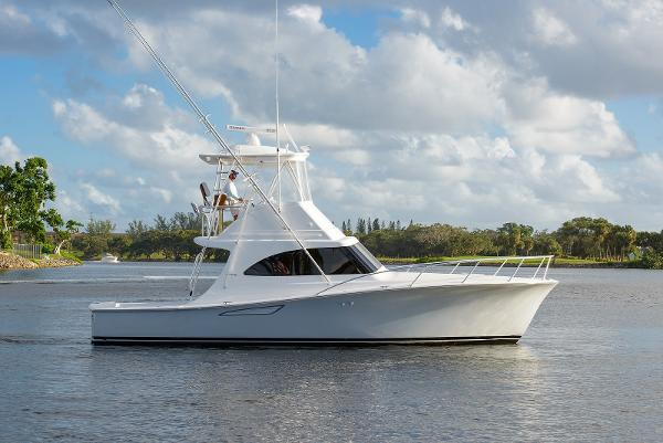 2018 37' Viking 37 Billfish (37-412)