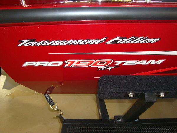 2021 Tracker Boats boat for sale, model of the boat is Pro Team™ 190 TX Tournament Ed. & Image # 3 of 16