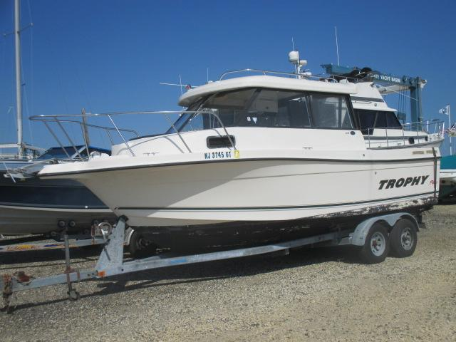 2002 Bayliner Trophy 2359 Sandy Hook Yacht Sales