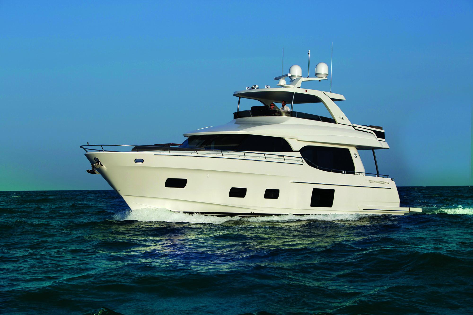 Ocean Alexander Boat