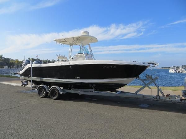 Robalo R240 for sale