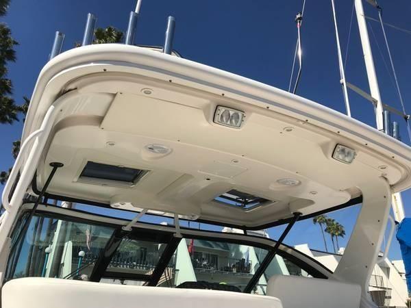 Tiara Open Boat